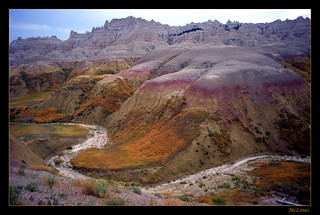 Scenic view of Badlands Nat. Park. South Dakota | by mclinus
