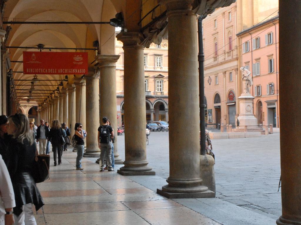 Le portico del pavaglione bologne italie le portico for Avvolgere le planimetrie del portico