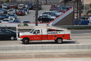 U-Haul Customer Service | ^^ Now that's an oxymoron. ^^ Ford… | Flickr