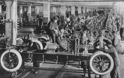 "Cars On Line >> The Automobile Industry - 1923 | ""THE FINAL ASSEMBLY LINE IN… 