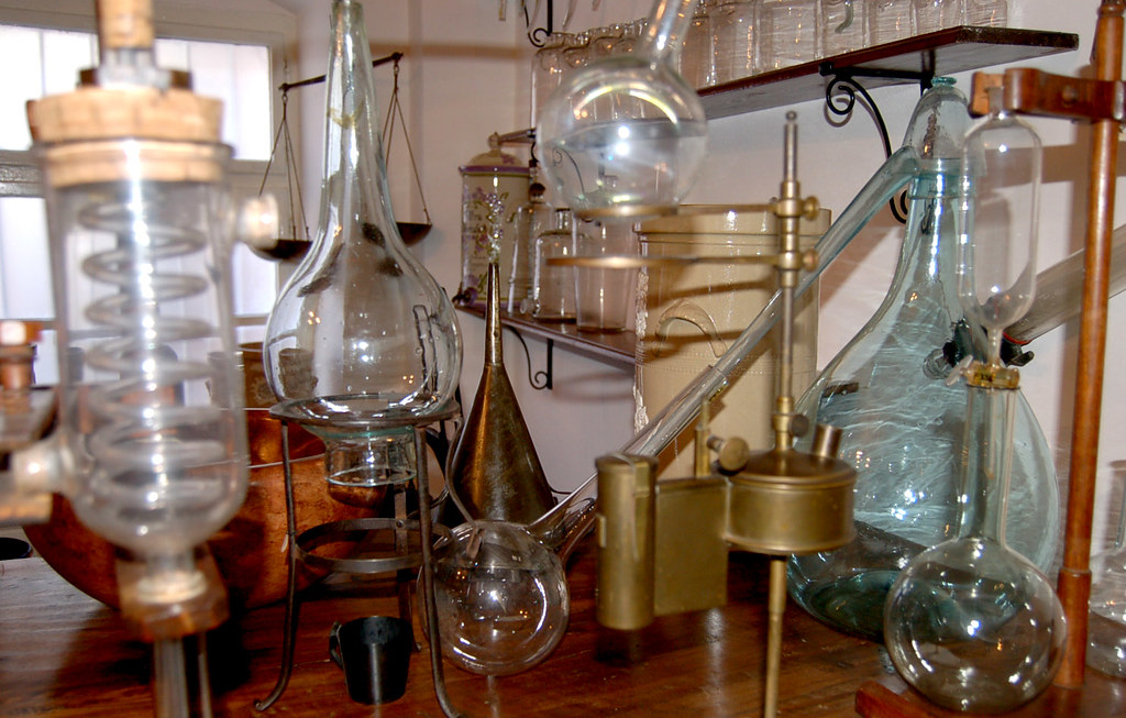 Old Fashioned Chemistry Set