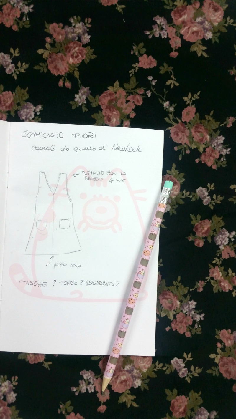 Realizzazione di un progetto, outfit plus size, scamiciato a fiori (4)