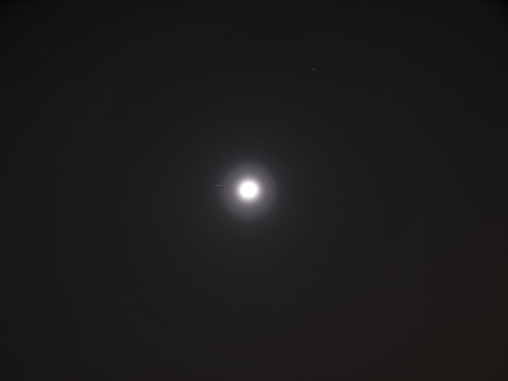 ring around the moon i was outside the other and i