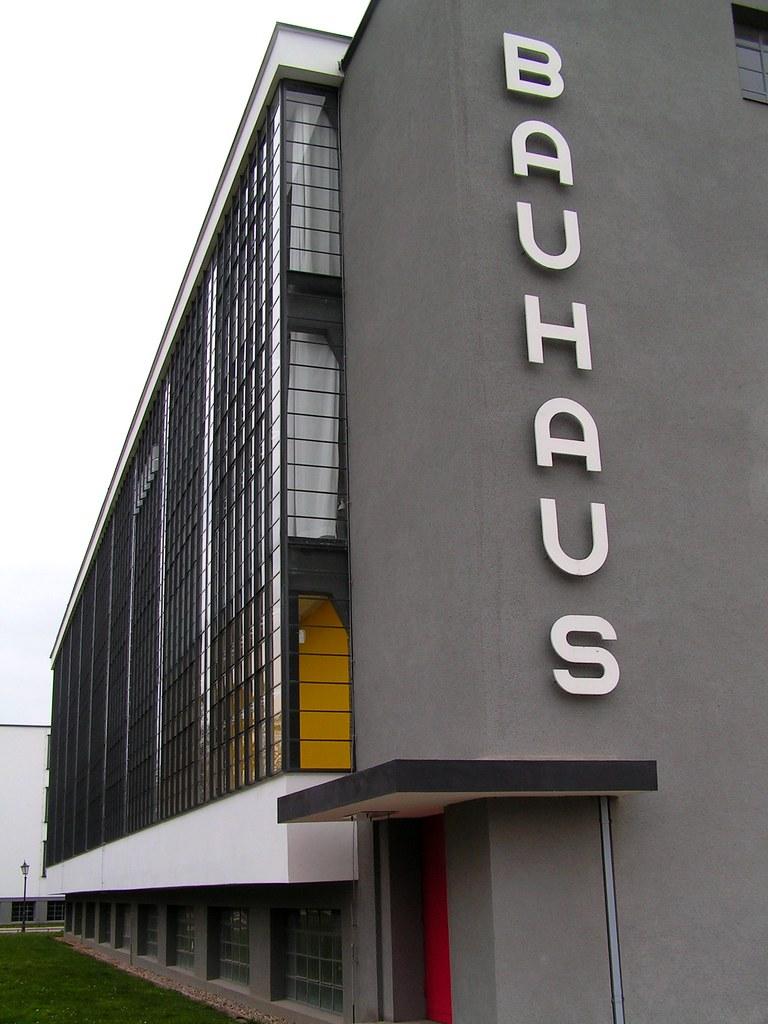 bauhaus dessau the bauhaus school in dessau neil. Black Bedroom Furniture Sets. Home Design Ideas