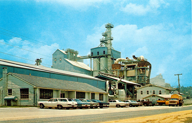 Postcard of Fuller's Earth Plant, Quincy, Florida, 1960s ...