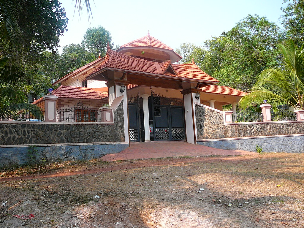 Ker Hse3 A Modern Yet Traditional House Design In Kerala Flickr