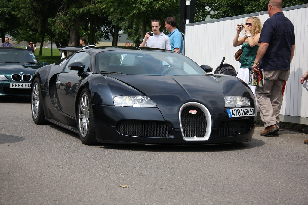 bugatti veyron goodwood breakfast club 08 supercar sunday. Black Bedroom Furniture Sets. Home Design Ideas