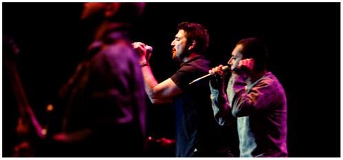 Antonio orozco e iv n ferreiro concierto voces 2007 for Ivan ferreiro conciertos