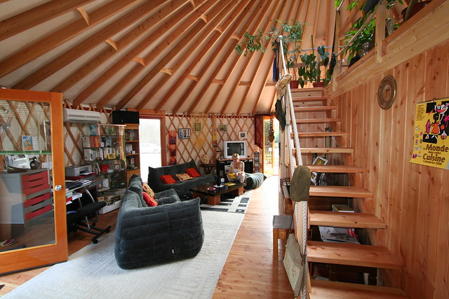 yourte d 39 habitation 008 flickr photo sharing. Black Bedroom Furniture Sets. Home Design Ideas