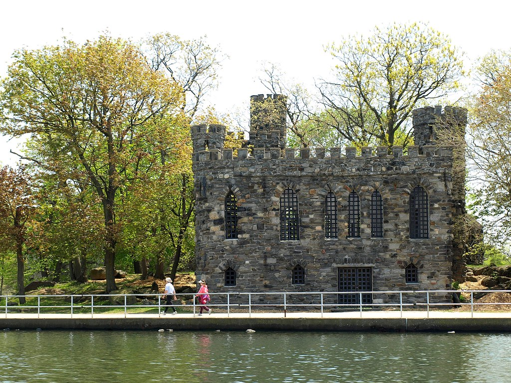 Long Island Castles Glen Island Castle In Long Island Sound Westchester Ny  Flickr