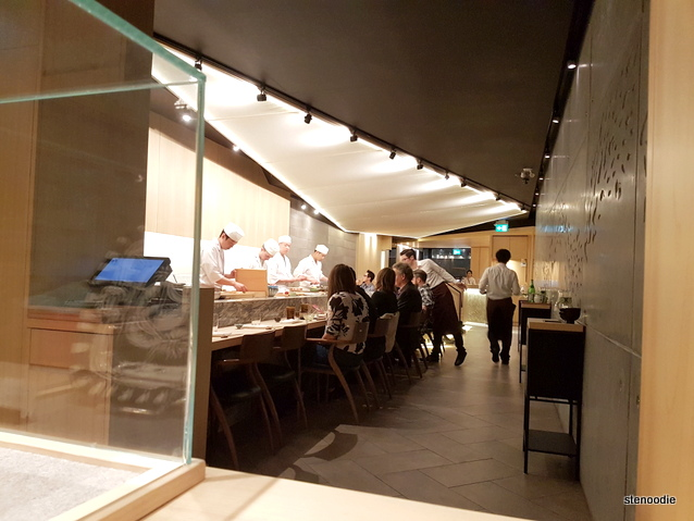 Shoushin sushi bar