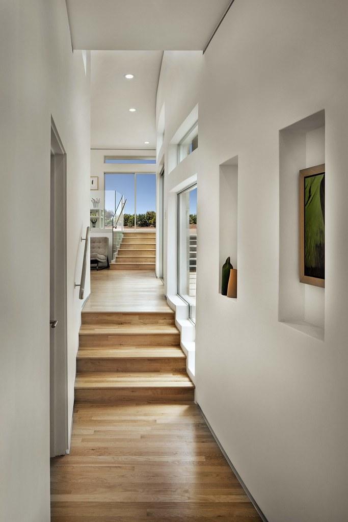 Curving Corridor | Hutchins Residence - Eagle Rock ...