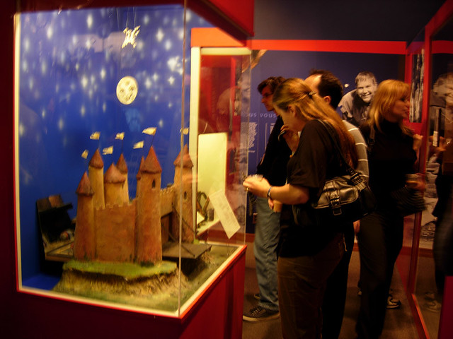 CBC Museum: Friendly Giant farewell | A model of the ...