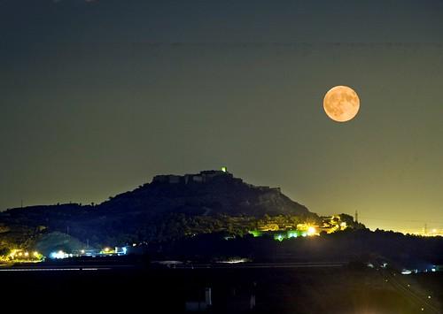 Nocturno, Castillo de Sagunto con la luna desde el oeste  Flickr