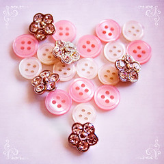 buttons heart - day 7/365 | by pinkorchid_too (Sandra)