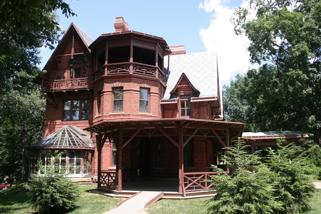 The mark twain house musuem hartford ct sam and livy for The hartford house