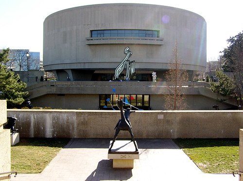 Hirshhorn Museum | by valkyrieh116