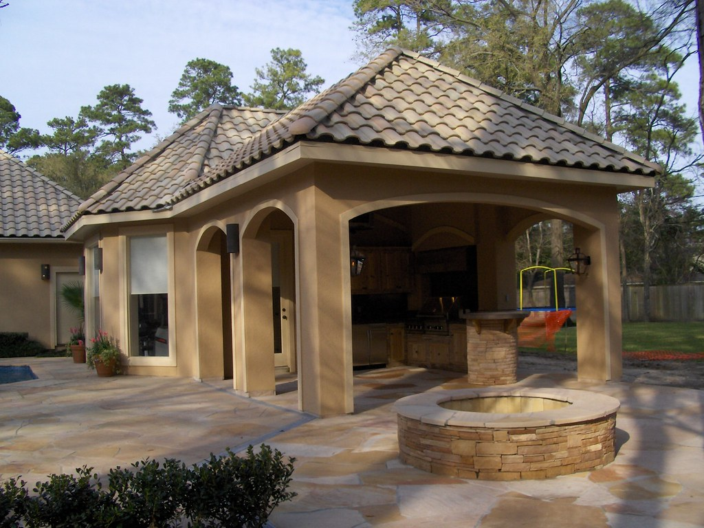 Stucco Pool House With Outdoor Kitchen 3 Scott Ward Flickr