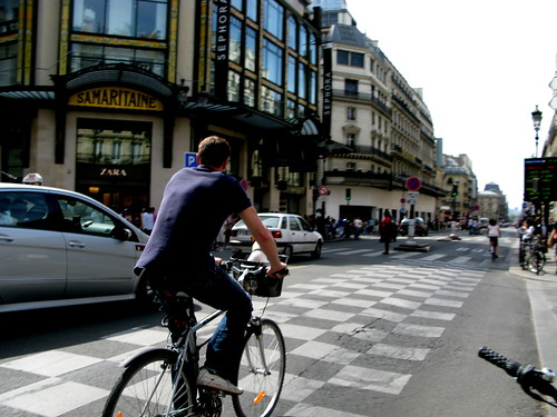 Vélo Hommes - Cycling Chaps in Paris | by Mikael Colville-Andersen