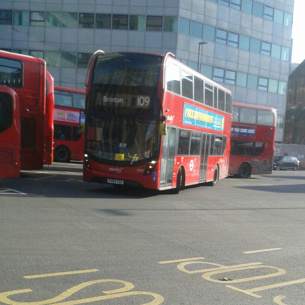 ... West Croydon diversions, 109 | Abellio London 2507 YY64TZG | by Unorm001