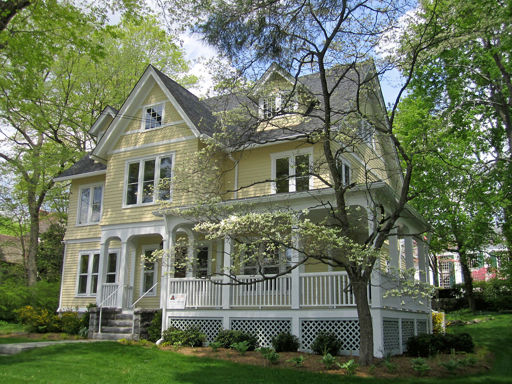 Victorian House With Veranda New Canaan Connecticut Flickr