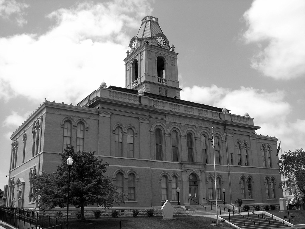 Tennessee robertson county springfield -  Robertson County Courthouse Springfield Tn By Seemidtn Com Aka Brent