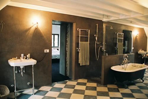 salle de bain en tadelakt mur paroi et sol de douche en t flickr. Black Bedroom Furniture Sets. Home Design Ideas