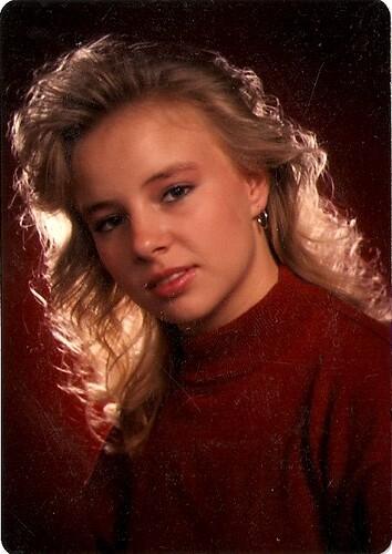 Fine 80S Senior Portrait Sylvia Dana Senior Pic 1989 Hairstyles For Women Draintrainus