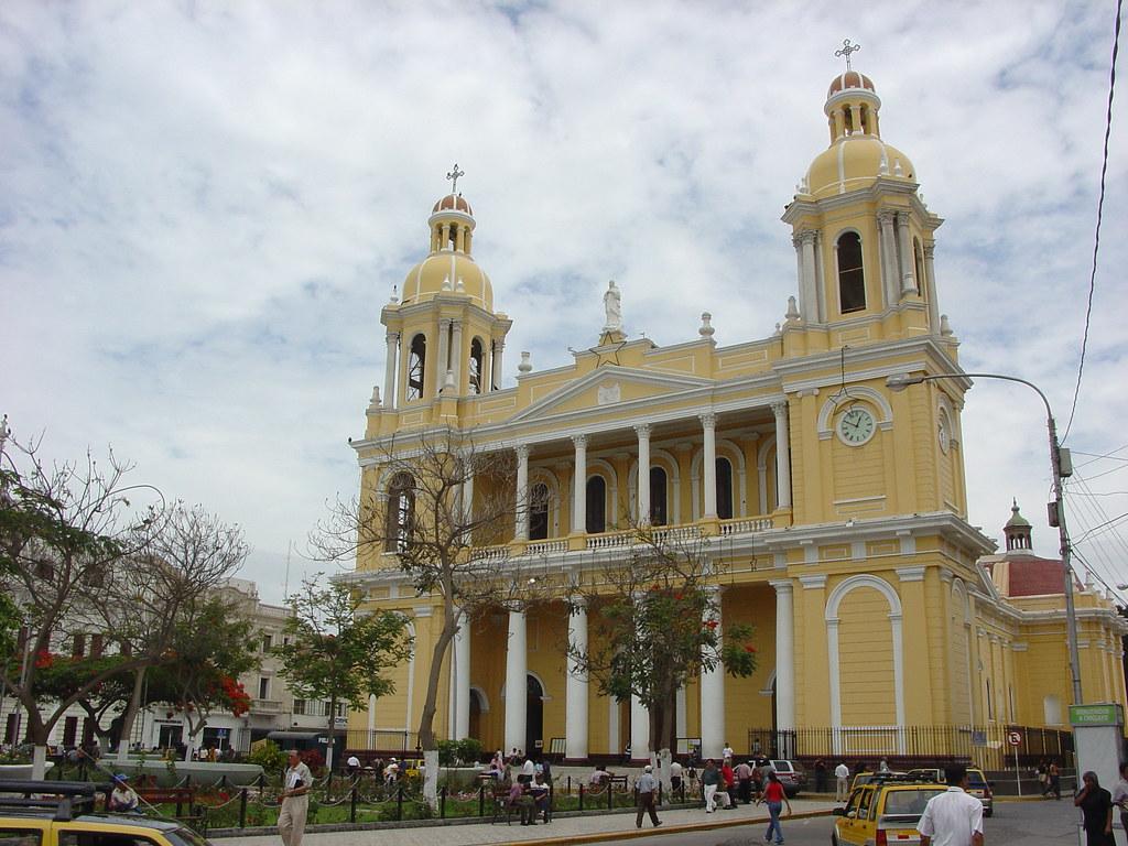 Vagamundos 2004. Perú. Chiclayo y Tucume
