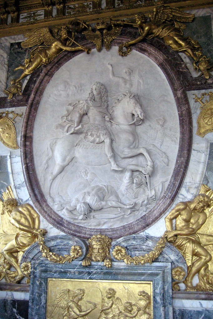 Versailles ch teau de versailles salon de la guerre for Salon de versailles