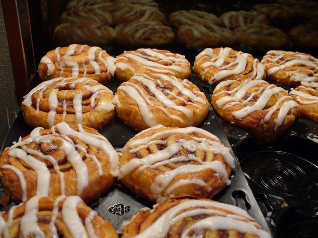 Cinnamon Rolls With Cake Mix Yeast