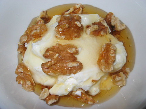 Greek Yogurt with Walnuts and Honey | by Kevin - Closet Cooking