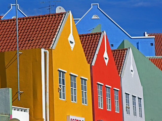 colors in Willemstad | by Zé Eduardo...