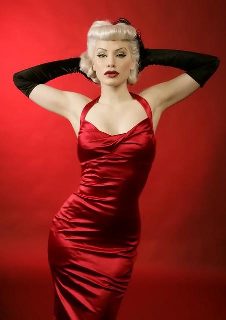 Red dress pin girls