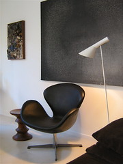 arne jacobsen swan and aj lamp | by jonnieeleven