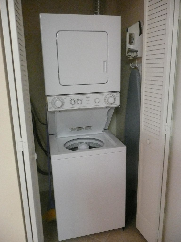 Whirlpool stacked washer dryer sheraton vistana wendem - Washer dryer for small spaces gallery ...