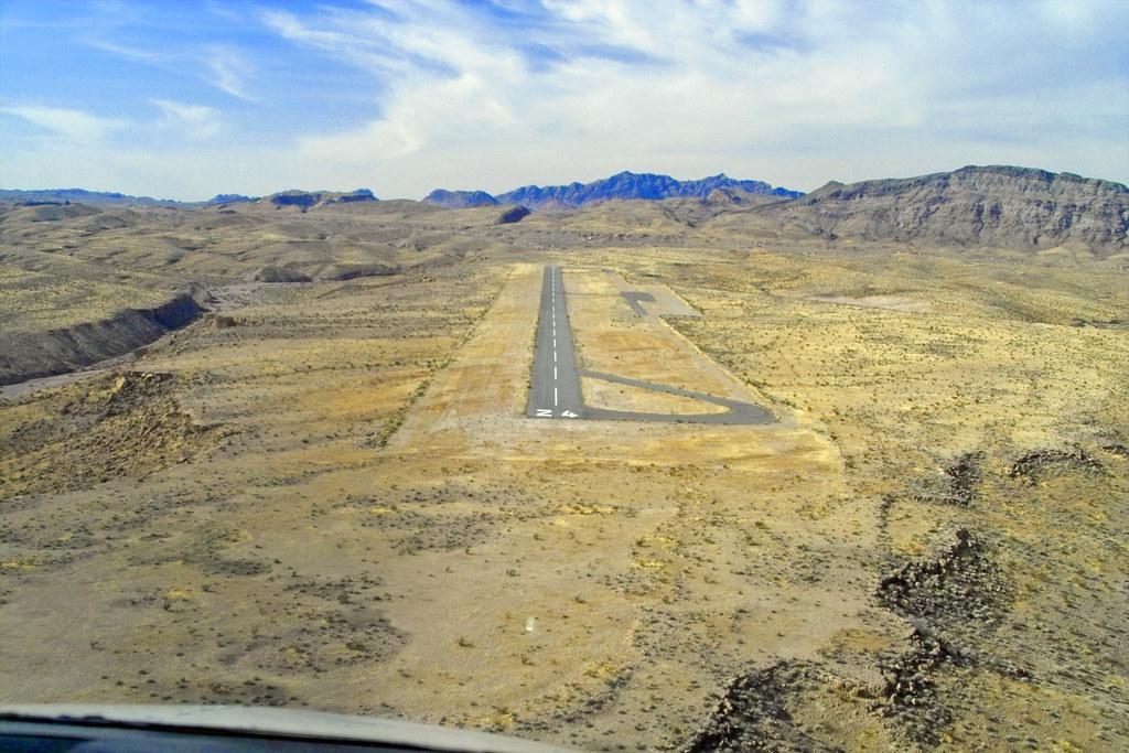 Echo Bay Airport, NV USA | Final Approach, Runway 24 | Flickr