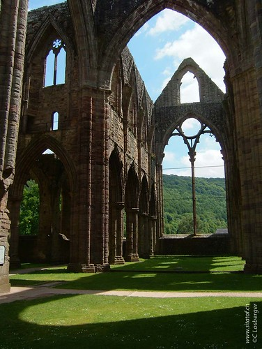 Tintern Abbey | by Christophe Losberger (sitatof)