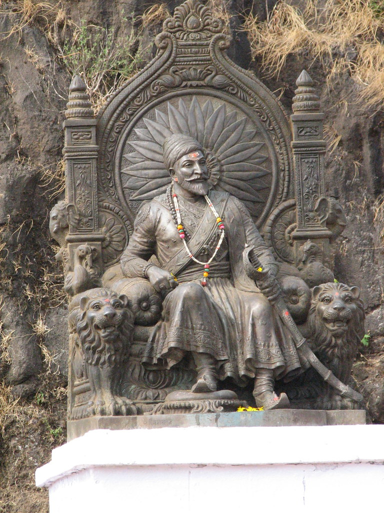 chatrapati shivaji   statue at raigad chatrapati shivaji flickr