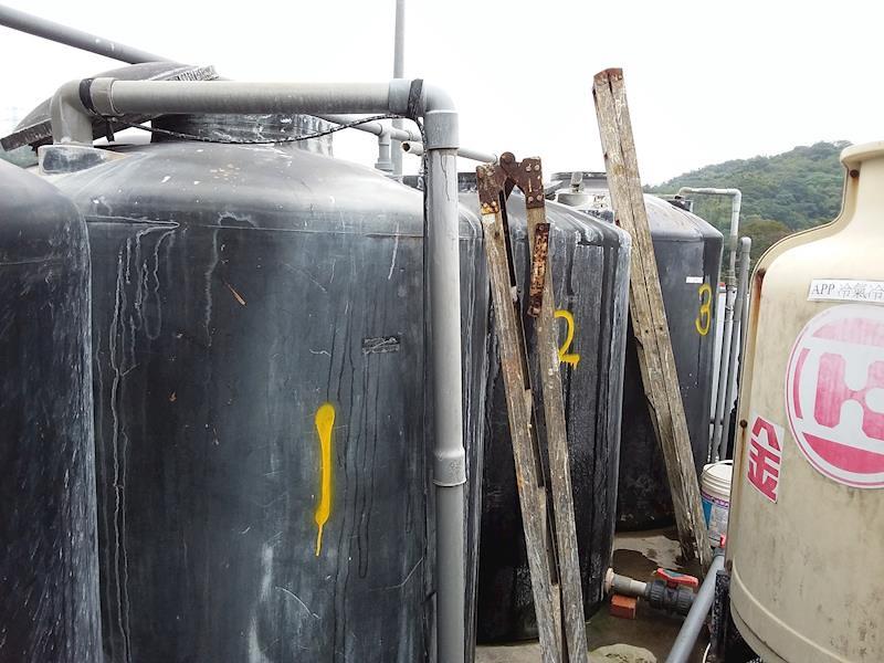 03違規增設3個不明桶槽