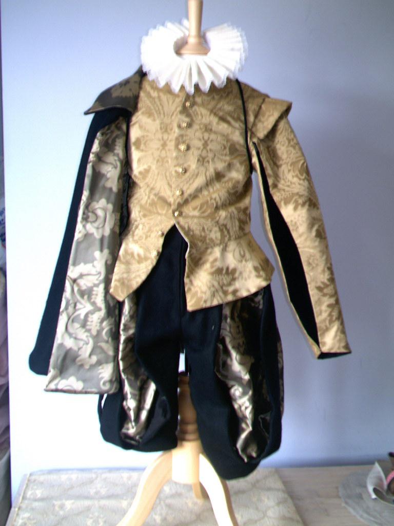 Mens Elizabethan Clothing For Sale