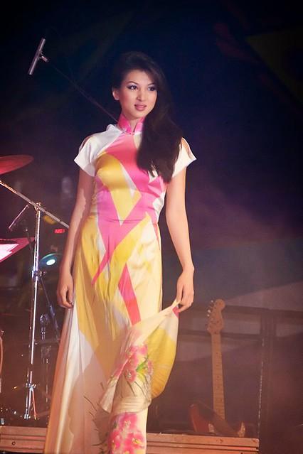 Calvin Hiep Ao Dai Fashion Show Tet 2008 Festival Shows Flickr