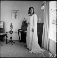 Kiri Te Kanawa, wearing a concert gown of white crepe, 5 February 1967 | by National Library of New Zealand