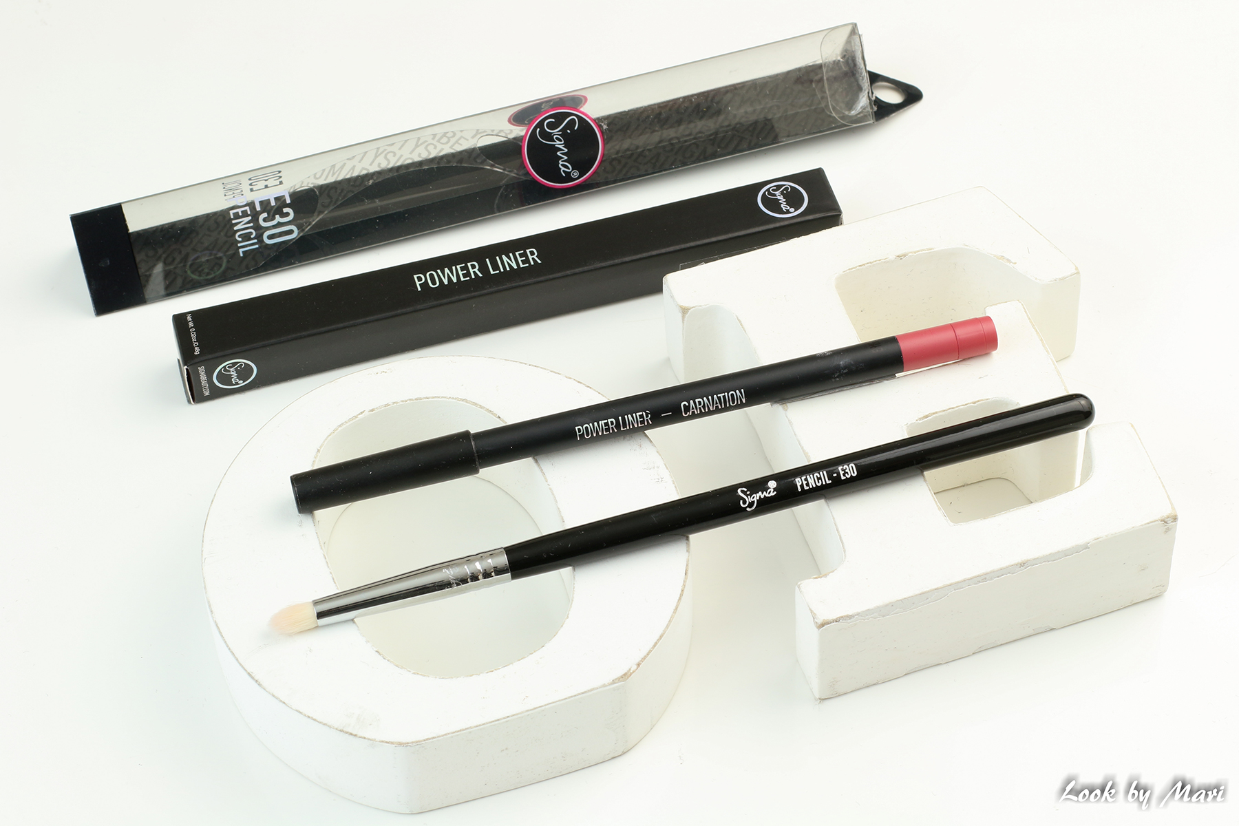 2 sigma beauty E30 power liner huultenrajaus kynä review kokemuksia