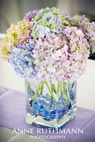 Diy centerpiece lavender periwinkle hydrangea in glass