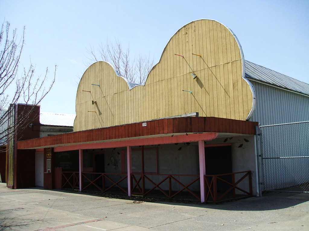 Sylvan Beach Laffland This Building Is Laffland At