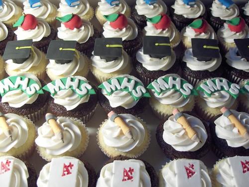 high school teacher appreciation cupcakes 8 dozen