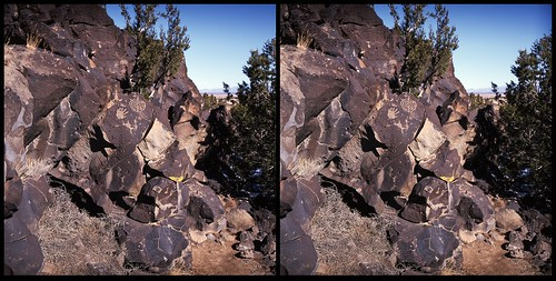 La Cieneguilla Petroglyphs *** cross-eye 3-d | by ZADRO