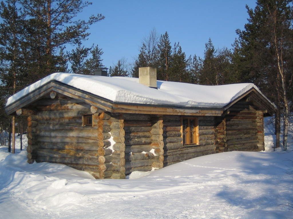 Log cabin 002 kakslauttanen saariselka finland for Winter cabin plans