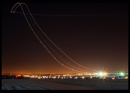 Boeing 757 Take Off @ Night | by Kris Klop